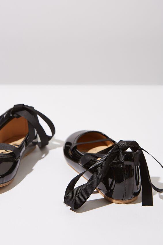 Ballet Flats, BLACK PATENT TIE UP