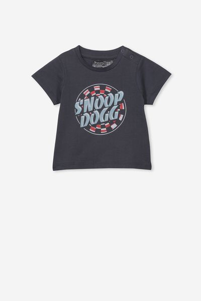 Jamie Short Sleeve Tee, LCN MT GRAPHITE GREY/SNOOP DOG