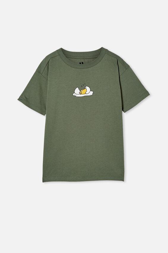 License Drop Shoulder Short Sleeve Tee, LCN SAN SWAG GREEN/ GUDETAMA SLEEPING