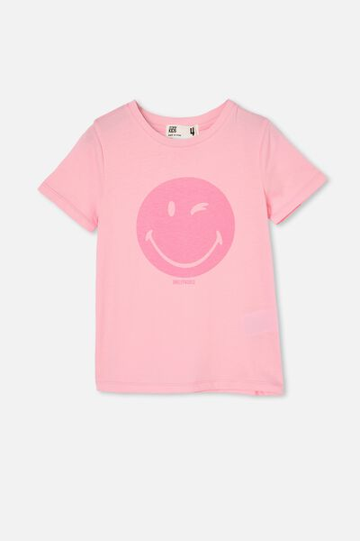 License Short Sleeve Tee, LCN SMI SMILEY WINK/CALI PINK