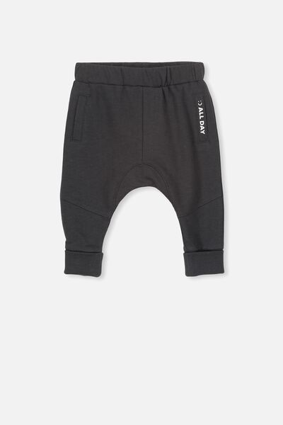 Shelby Slouch Trackpant, PHANTOM/PLAY ALL DAY