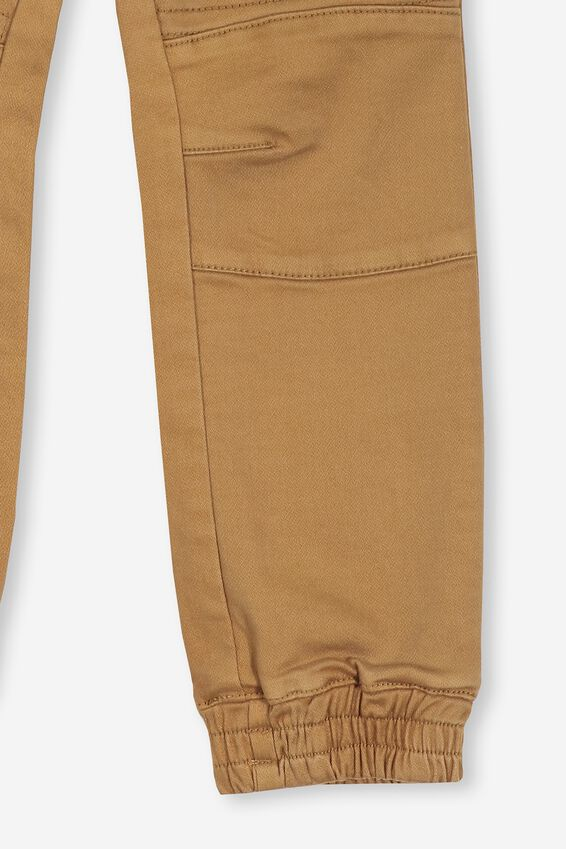 Chad Jogger, GOLDEN BROWN