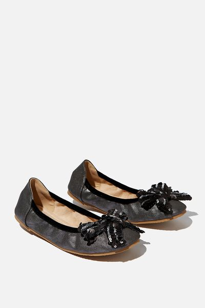 Primo Ballet Flat, METALLIC BLACK BOW