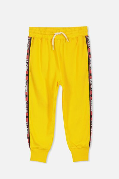 License Slouch Trackpant, YELLOW/MICKEY TAPE
