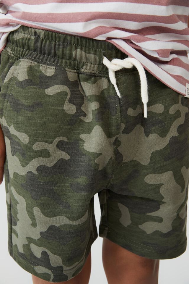 Henry Slouch Short, CAMO 3