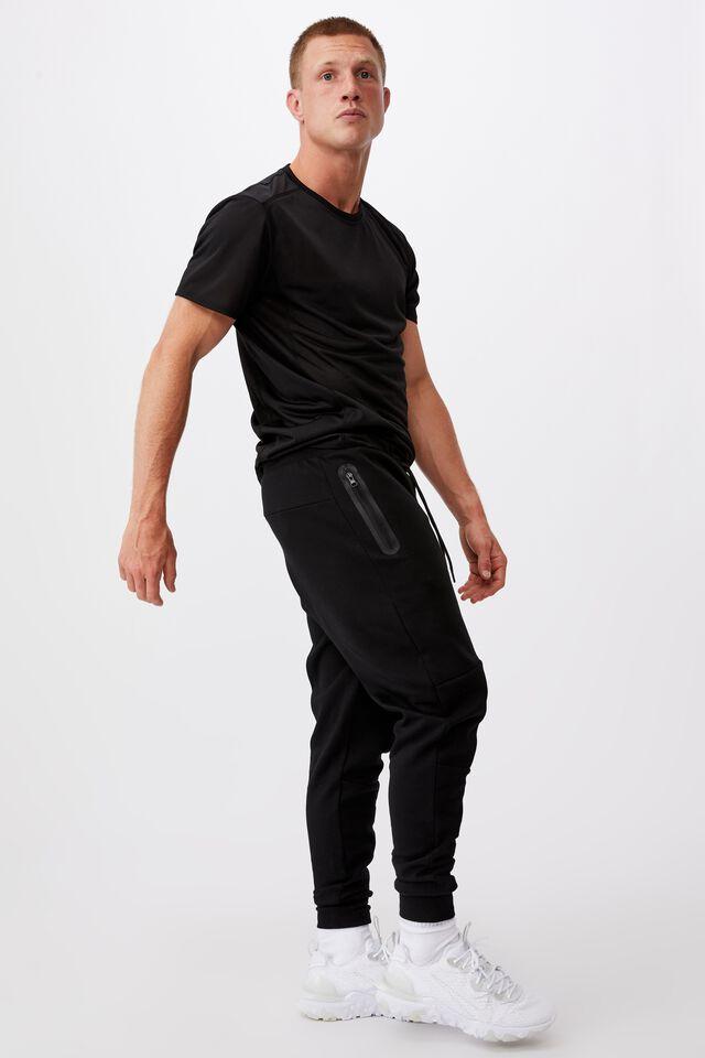 Tech Track Pant, BLACK