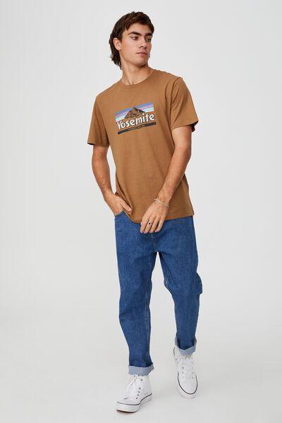 Tbar Souvenir T-Shirt, BURNT ALMOND/YOSEMITE
