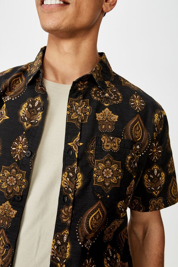 Vacation Short Sleeve Shirt, MOROCCAN TILES