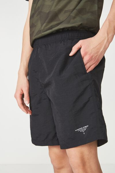 Crossover Short, BLACK