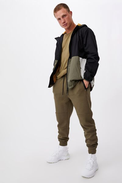 Tech Track Pant, MILITARY