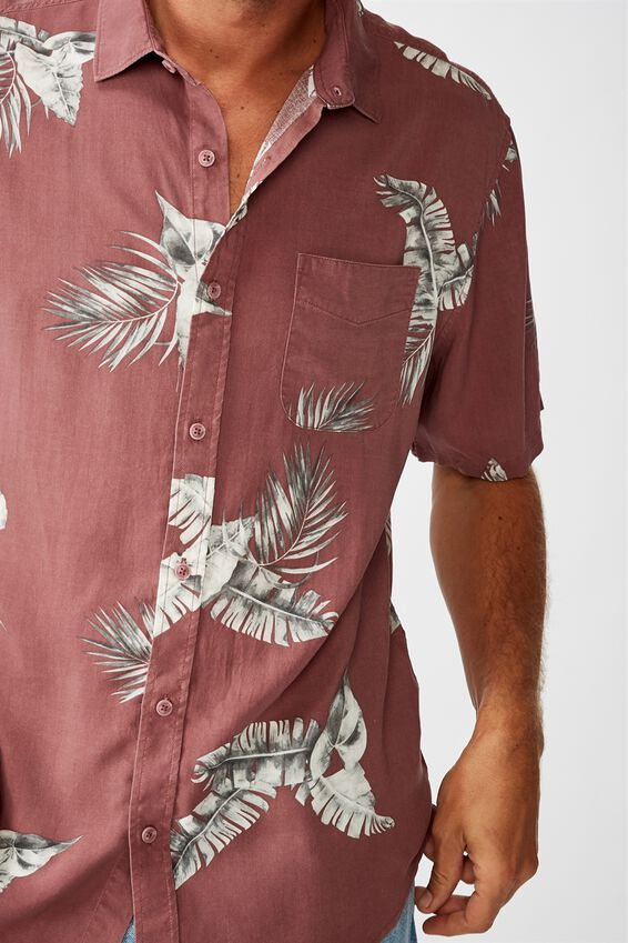 Short Sleeve Resort Shirt, WASHED RED FRONDS