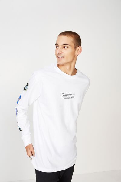 Tbar Collaboration Ls Tee, LC WHITE/NASA-EXPLORATION