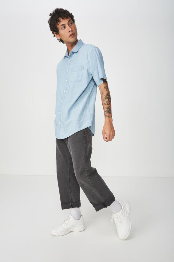 Vintage Prep Short Sleeve Shirt, LIGHT BLUE SLUB CHAMBRAY
