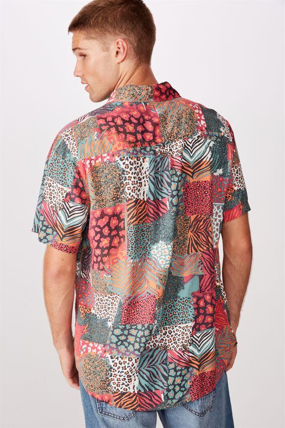 91 Short Sleeve Shirt, ANIMAL PATCH WORK