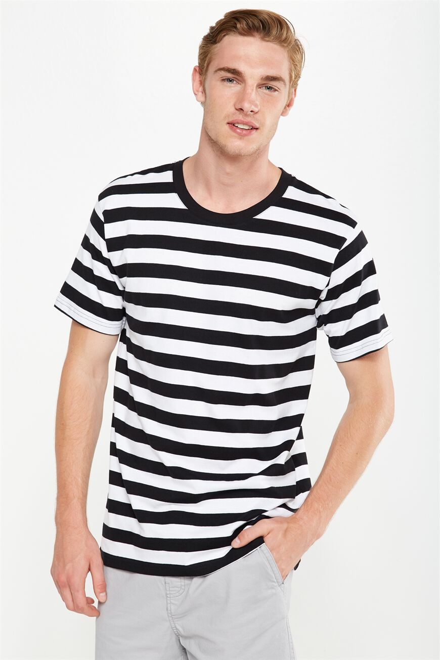 Cotton On Men. Dylan Tee. $24.95. 11 colours available. 2 FOR $30 TEES.  Dylan Tee, BLACK/WHITE BOLD STRIPE