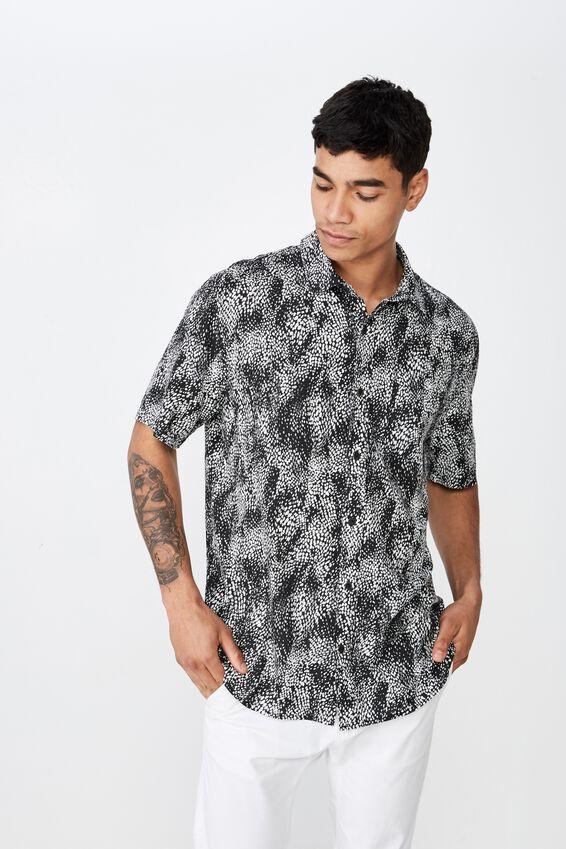 91 Short Sleeve Shirt, BLACK WHITE ANIMAL