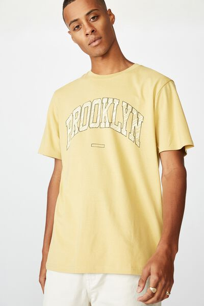 Tbar Sport T-Shirt, FROSTED HONEY/BROOKLYN CREST SKETCH