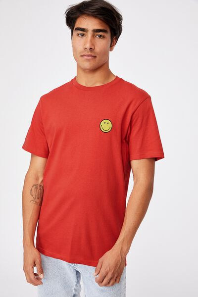 Tbar Collab Pop Culture T-Shirt, LCN SMI BURNT RED/SMILEY-EMBROIDERY