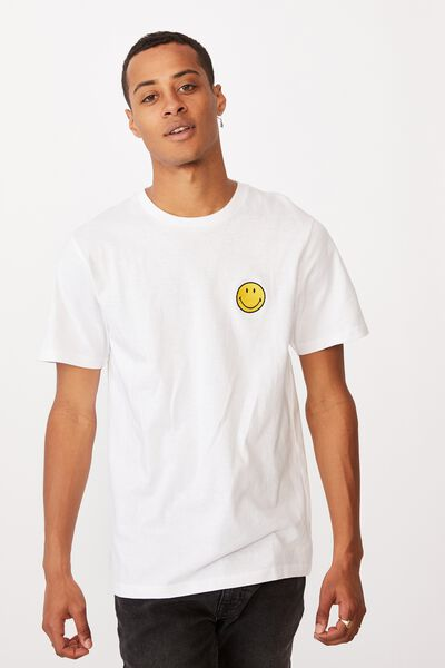 Tbar Collab Pop Culture T-Shirt, LCN SMI WHITE/SMILEY-EMBROIDERY