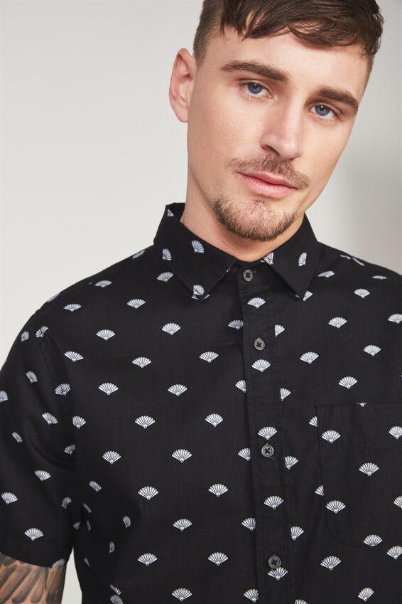 Vintage Prep Short Sleeve Shirt, BLACK DITSY