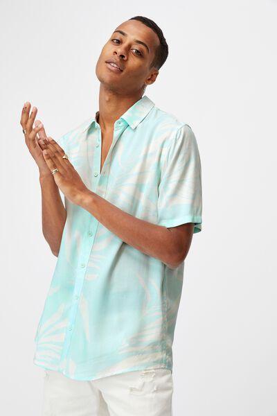 Short Sleeve Resort Shirt, BLUE BUTTERFLY FROND