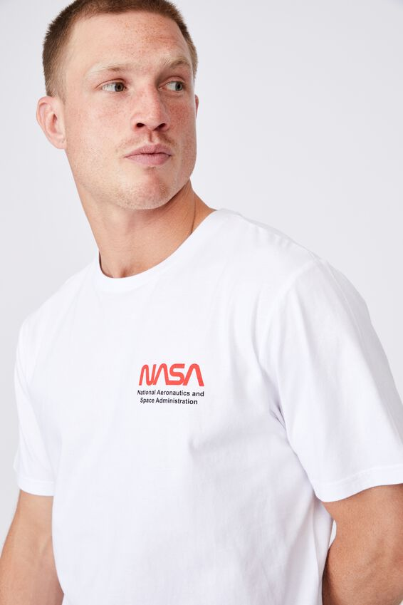 Tbar Collab Pop Culture T-Shirt, LCN NAS WHITE/NASA - WORM HISTORY