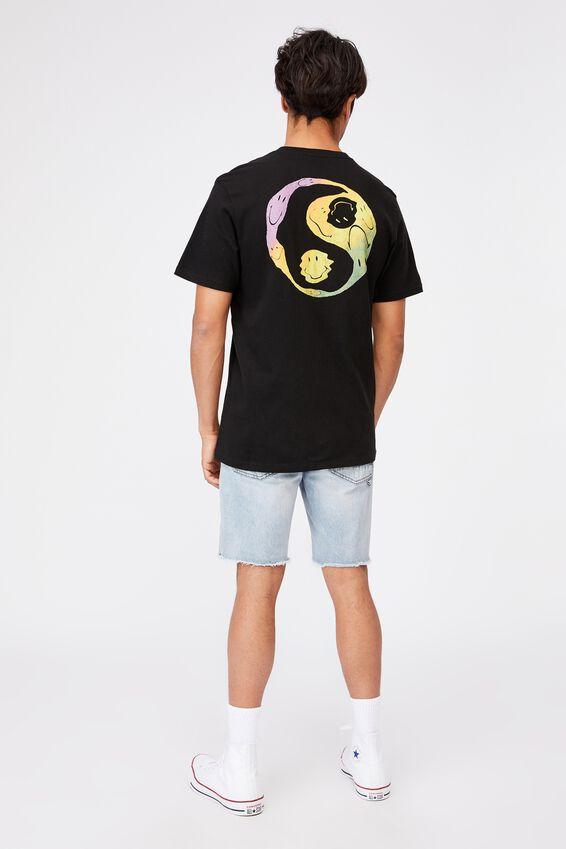 Tbar Collab Pop Culture T-Shirt, LCN SMI BLACK/SMILEY-YIN YANG