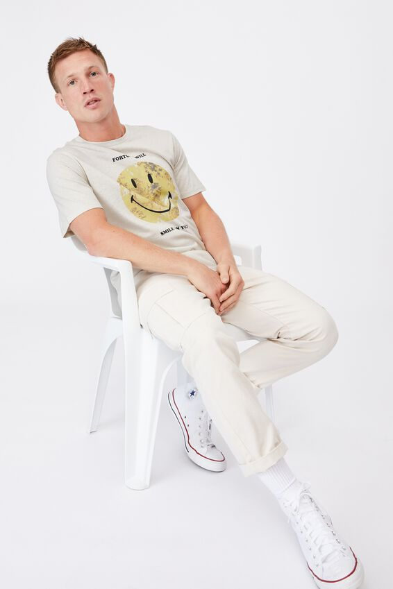 Tbar Collab Pop Culture T-Shirt, LCN SMI BONE/SMILEY-FORTUNE