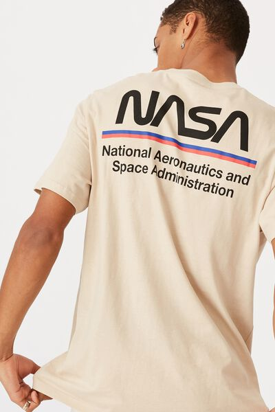 Tbar Collab Pop Culture T-Shirt, LCN NAS PEARL/NASA - WORM LOGO STRIPES