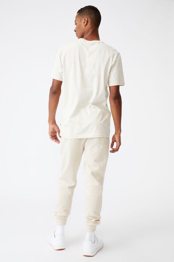 Tbar Collab Pop Culture T-Shirt, LCN CC BONE/COCA COLA-SUMMERS COMING