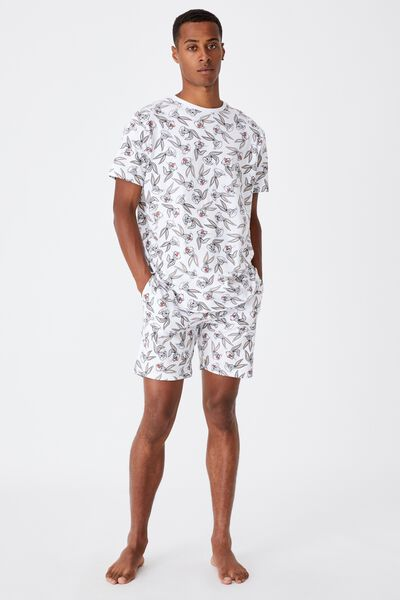 Lounge Collab Short, LCN WB BUGS BUNNY FACE PRINT - WHITE