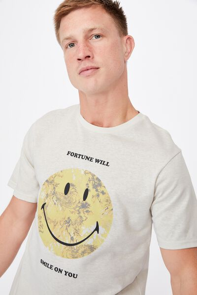 Tbar Collab Pop Culture T-Shirt, LCN SMI BONE/SMILEY-FORTUNE