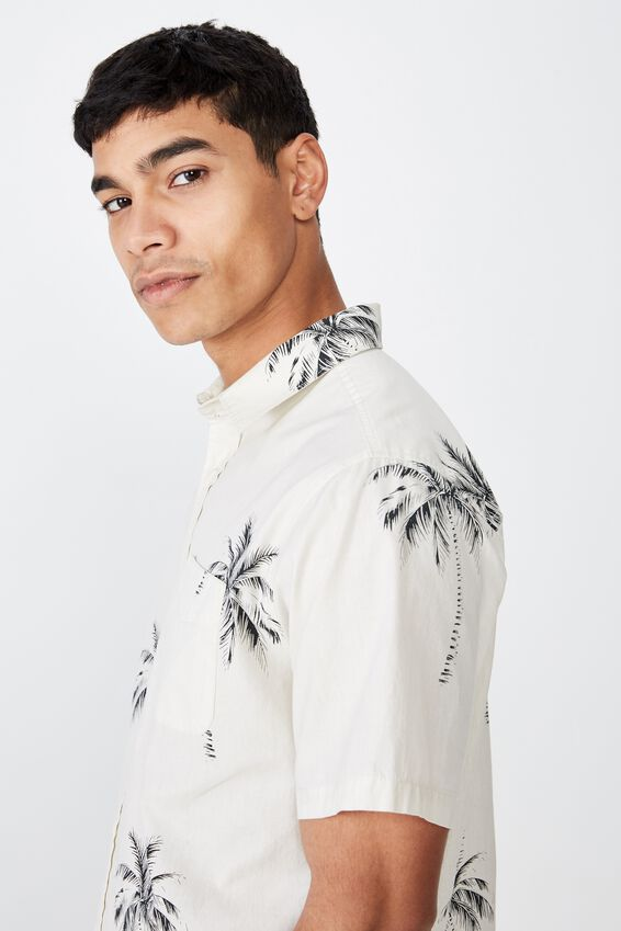 Short Sleeve Resort Shirt, VINTAGE WHITE PALM TREES