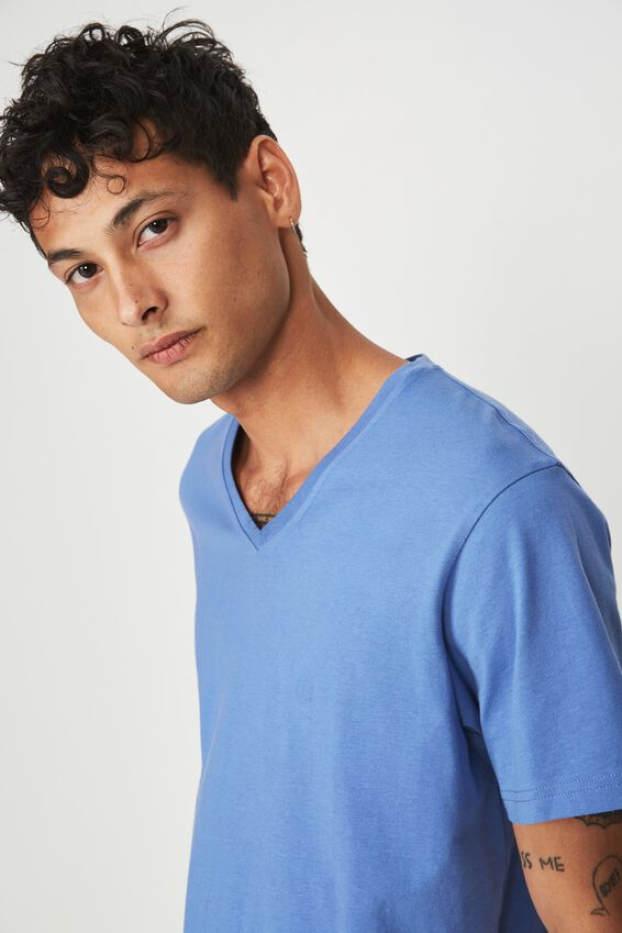 Essential Vee Neck, RIVIERA BLUE