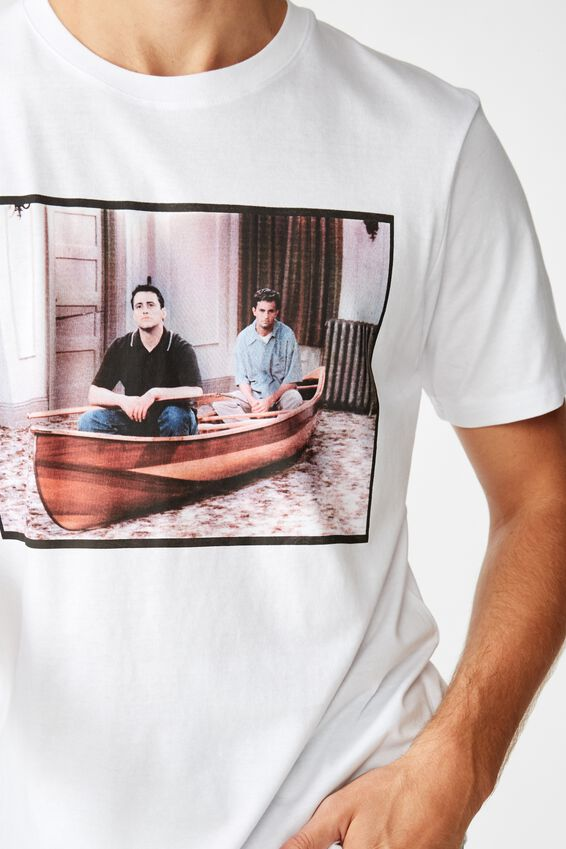 Tbar Collab Movie And Tv T-Shirt, LCN WB WHITE/FRIENDS - CANOE