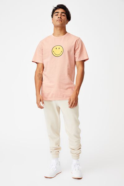 Tbar Collab Pop Culture T-Shirt, LCN SMI PEACH/SMILEY