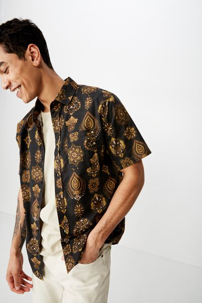 Vacation Short Sleeve Shirt, MOROCCAN TILES