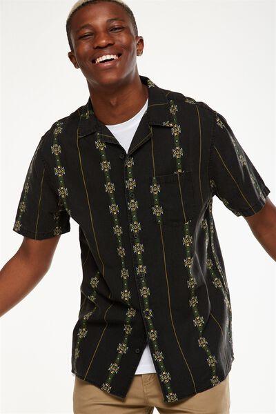 91 Short Sleeve Shirt, VERTICAL GEO STRIPE
