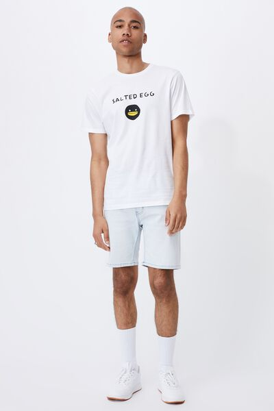 Tbar Collab Pop Culture T-Shirt, LCN IRV WHITE/IRVINS-SALTED EGG LOGO