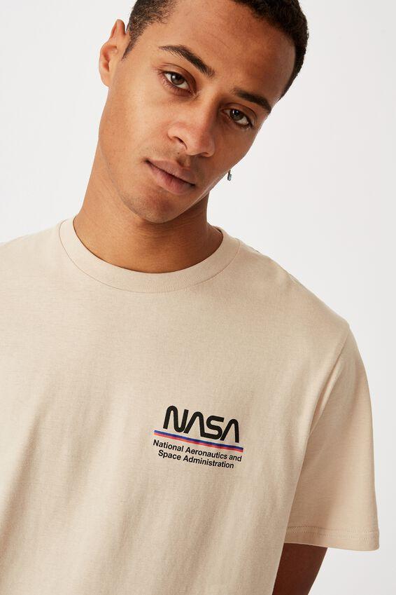Tbar Collab Pop Culture T-Shirt, LCN NAS PEARL NASA - WORM LOGO STRIPES