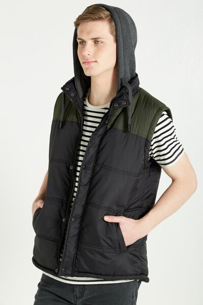 Rugged Puffer Vest, BLACK