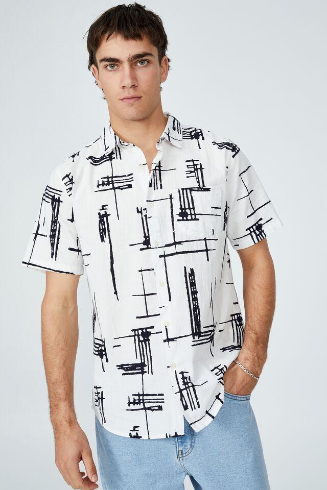 Vacay Short Sleeve Shirt, WHITE GEOMETRIC