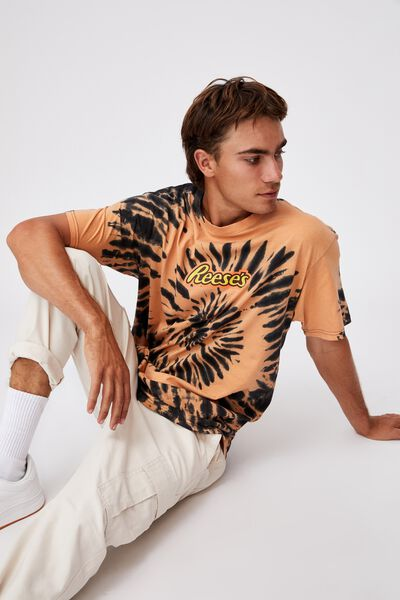 Special Edition T-Shirt, LCN HER ORANGE TIE DYE/REESE S-JAPANESE LOGO