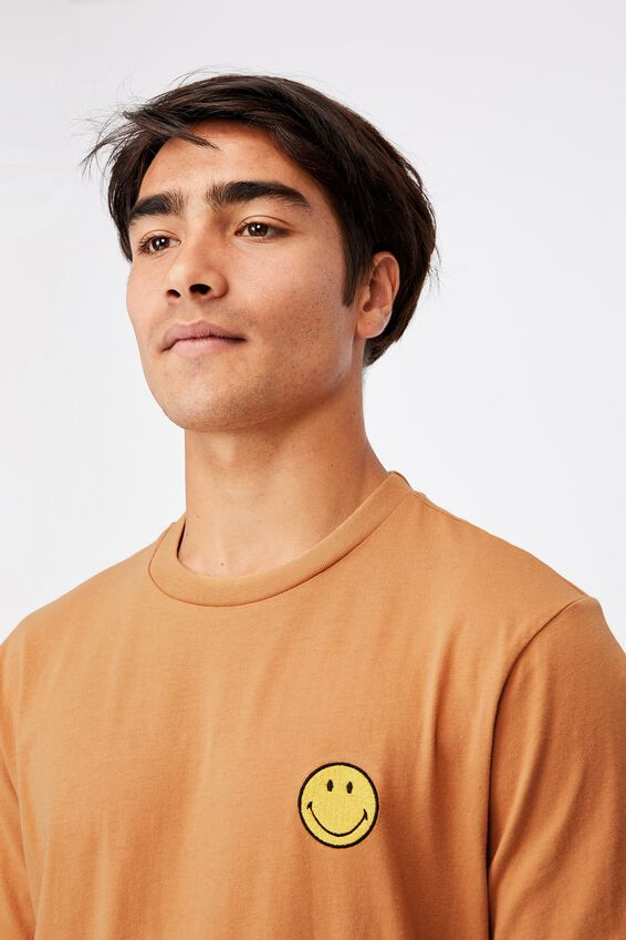 Tbar Collab Pop Culture T-Shirt, LCN SMI BRONZE/SMILEY-EMBROIDERY
