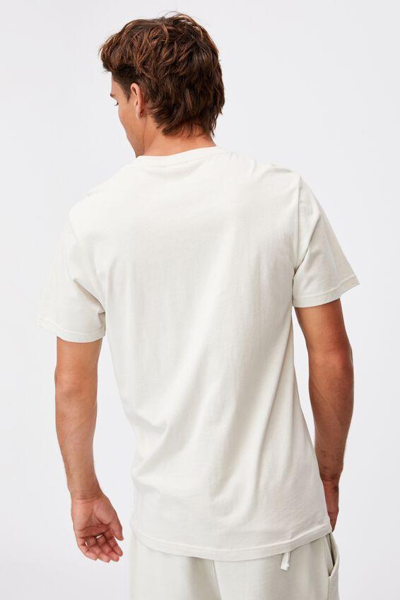 Tbar Collab Pop Culture T-Shirt, LCN CC BONE/COCA COLA-LOGO EMBROIDERY