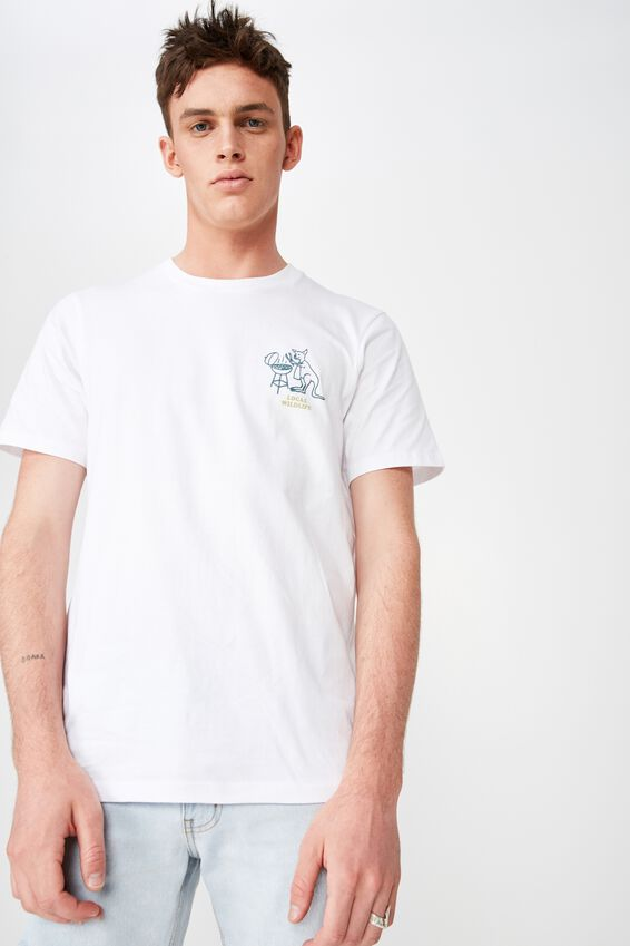 Tbar Art T-Shirt, WHITE/LOCAL WILDLIFE BBQ ROO