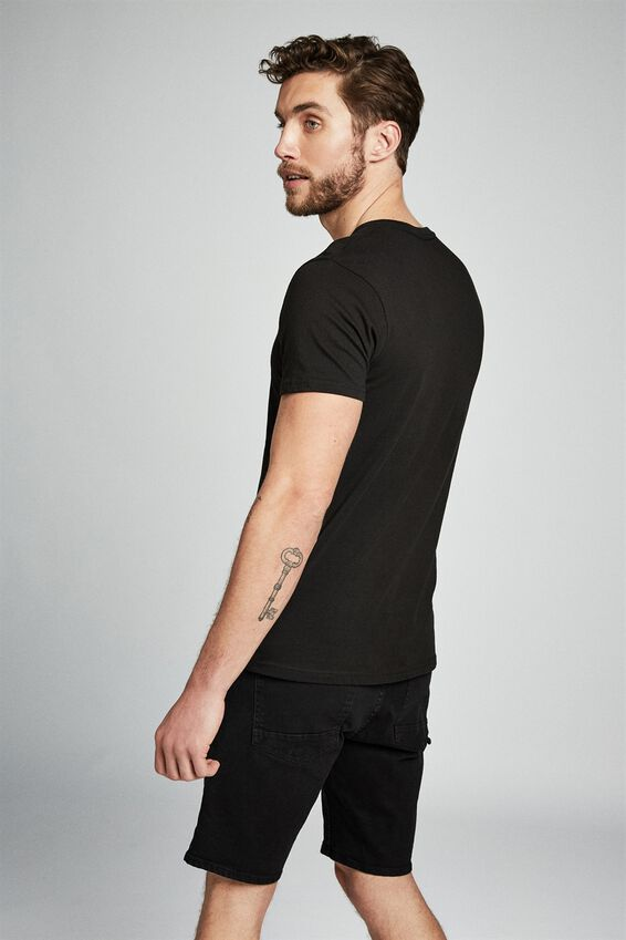 Straight Short, PITCH BLACK
