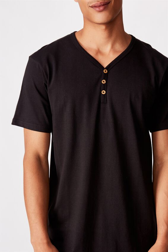 Essential Henley T-Shirt, BLACK
