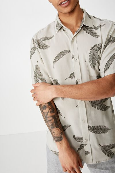 Short Sleeve Resort Shirt, ECRU FRONDS