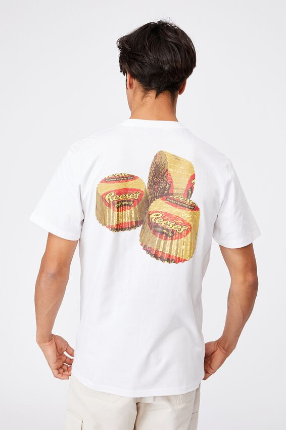 Tbar Collab Pop Culture T-Shirt, LCN REC WHITE/REESE S PEANUT BUTTER CUPS